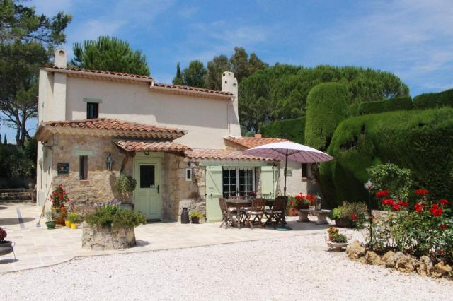 4 bedroom Country House in Mouans-Sartoux